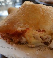 Pizza fritta (Pizzeria Laboratorio Pizza, Tower Hamlets, Londra)